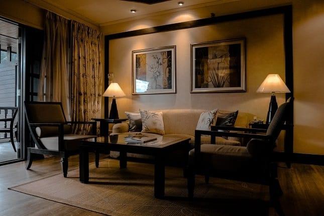 How to Design Interior According to Dark Hardwood Floors