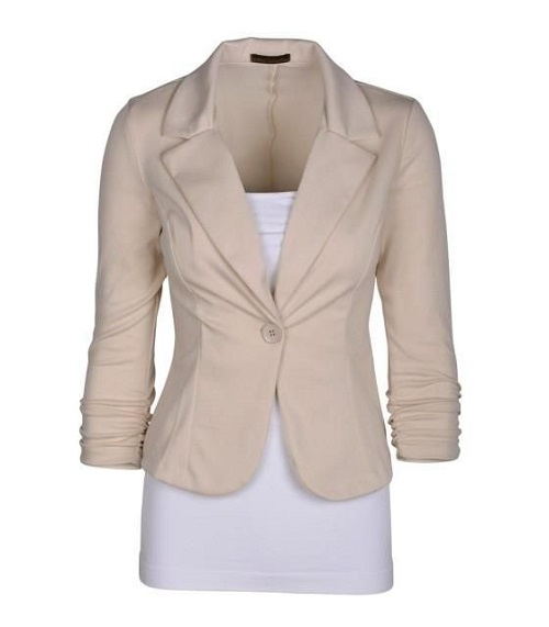 Every Woman Should Have These 8 Pieces in Her Closet! That perfect blazer